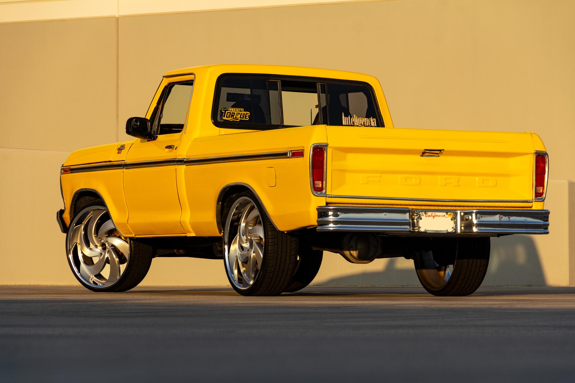 Ford F100 Strada Street Classics Retro6